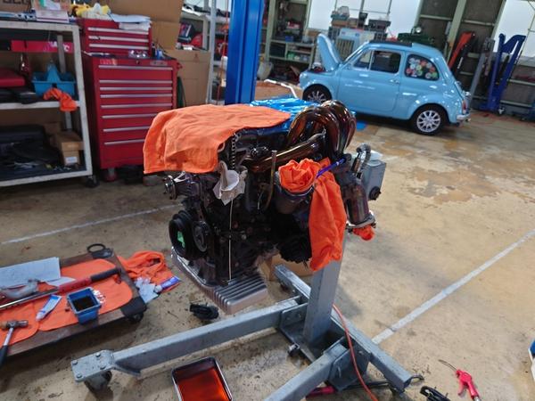 ピンクいS15用のSR20エンジンが完成する!っと思ったら・・・
