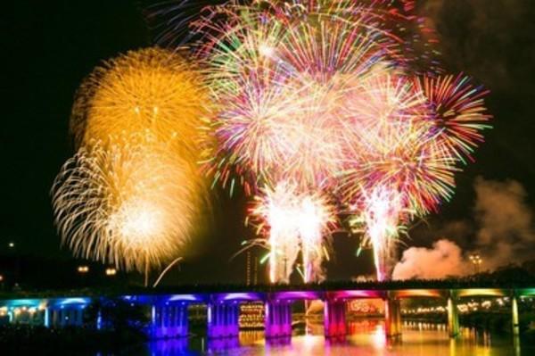今週土曜日 8月3日は岡崎花火大会の為、周辺道路が混み次第閉店です。