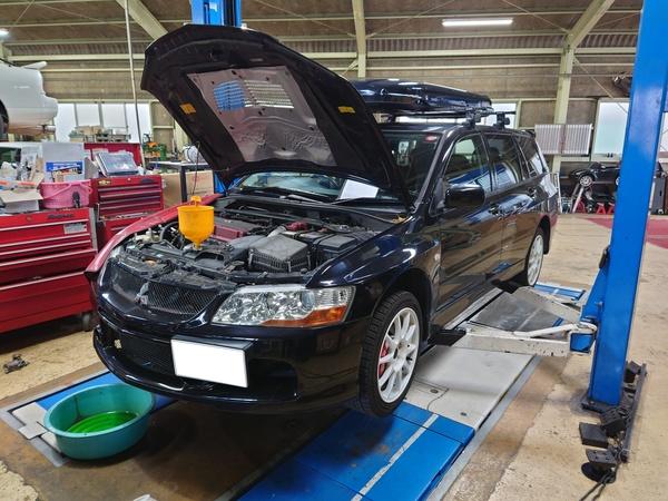 今週は車検関連の整備や点検車両が多い様です。
