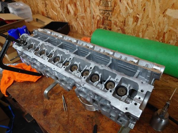 ER34用 RB25NEO6&EP91用 4E-FTE エンジン組み上げ