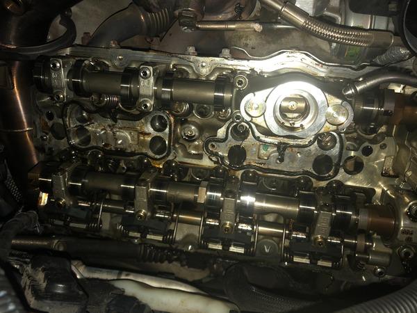 BMW F10-M5 なんとかタペットカバーパッキンの交換が終わりました!